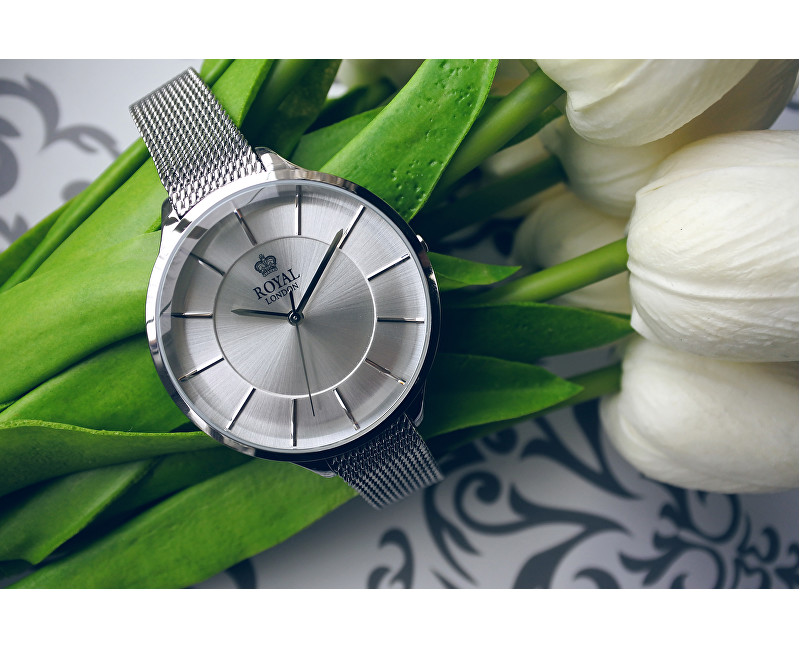 módní hodinky k 50. narozeninám pro ženu