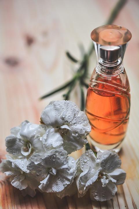 parfém k 40. narozeninám